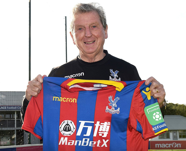 Hodgson hired as manager of Crystal Palace, replaces De Boer