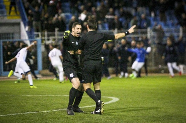 373de73a4 Greek Travesty  Lamia Goalkeeper Nikos Papadopoulos Given Five-Match  Suspension For Excitedly Hugging Referee