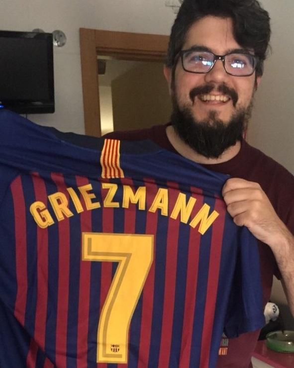 Antoine Griezmann chooses Atletico Madrid stay over Barcelona transfer