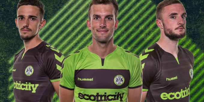 9be26e1ebcc0d Modern Football Is Rubbish  Forest Green Rovers  New Kit Features   Greyed-Out Stars  Above Badge To Be Filled In As And When Promotion To  League One Is ...