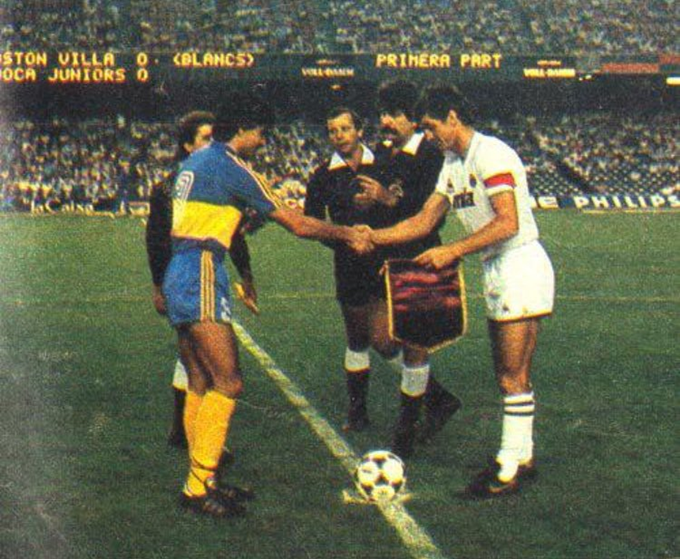 premium selection 2402f 47fd4 Retro Football: When Aston Villa Played Boca Juniors At The ...